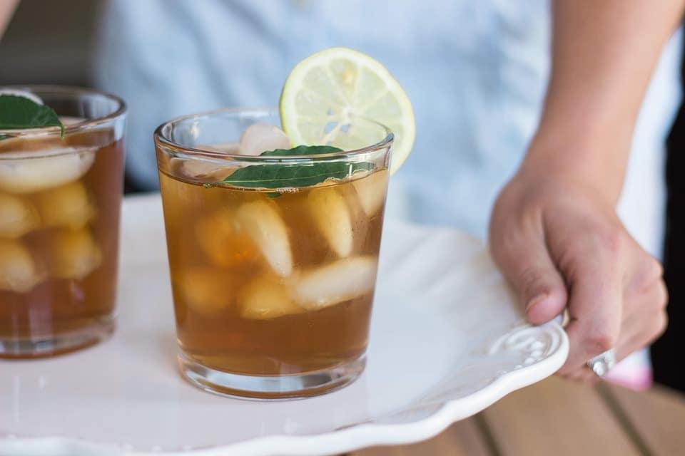 Energijski napitek iz zelenega čaja in limone 10