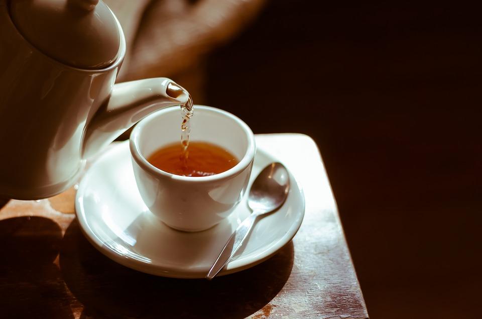Čajna mešanica za lajšanje težav s krči in napenjanjem 1