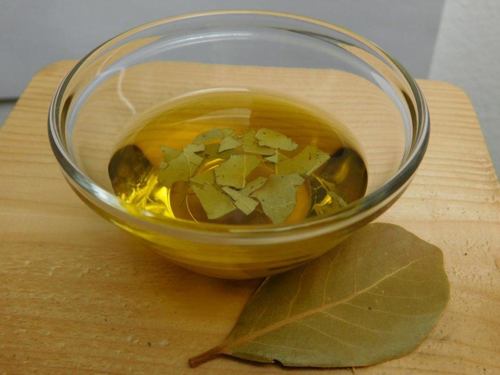 Lovor v oljčnem olju 1